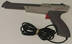 Nintendo NES-005 Gray OEM LIGHT GUN! ZAPPER! TESTED! FREE SH